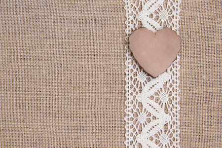 Rustico Shabby con il cuore di legno Archivio Fotografico - 25709324