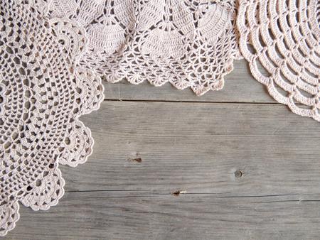 Centrini Crochet più vecchio legno grigio Archivio Fotografico - 26793212