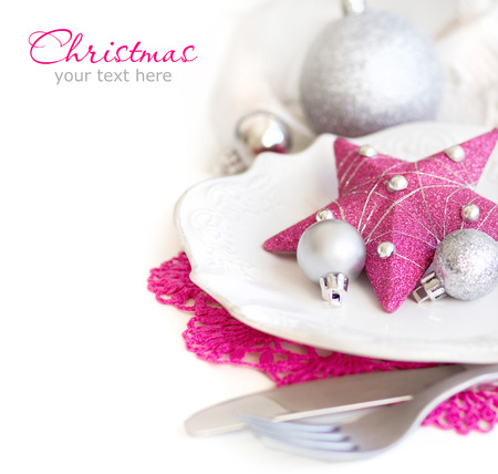 fuschia: Fuschia Pink Christmas Table Setting with baubles and star