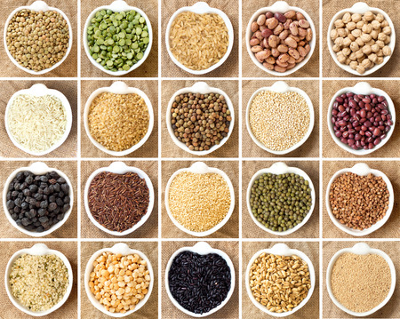 Collage of 20 legumes and cereals in bowls Imagens