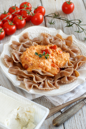 stracchino: Wholegrain Pasta with stracchino cheese and fresh  tomatoes