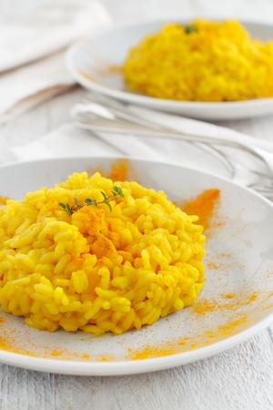 Risotto con cúrcuma o arroz con cúrcuma fresca