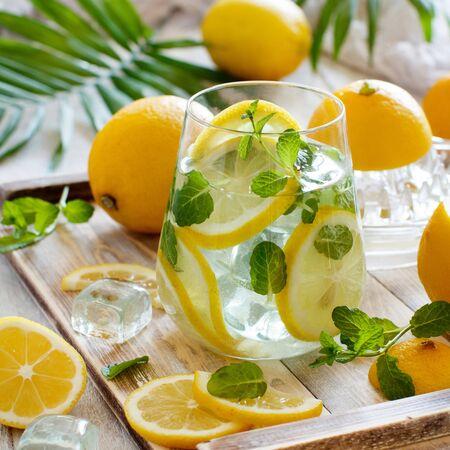 Homemade refreshing lemonade made from citrus fruits close up Stockfoto