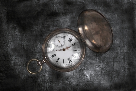 Old pocket-watch Banco de Imagens - 15755972