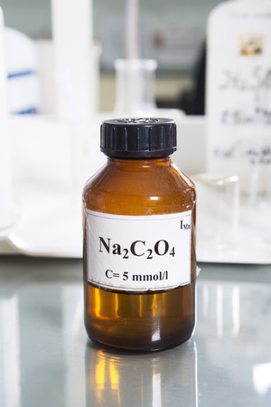 Laboratory  bottle with sodium oxalate photo