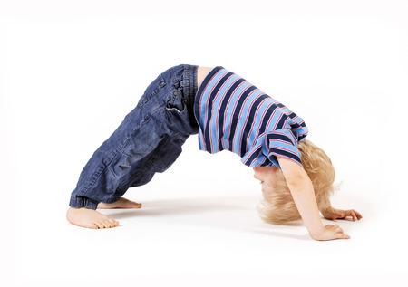 gimnasia: Hermoso niño