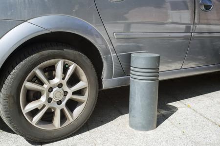 Scratch met de auto vanwege een onjuiste parking