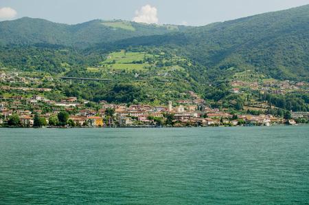 Sulzano, view from Iseo lake, Italy Imagens