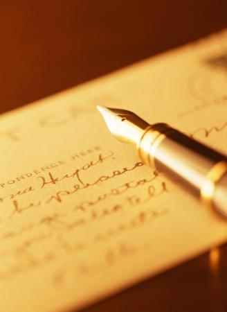 retro: fountain pen and post card