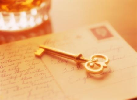 post card: key and post card