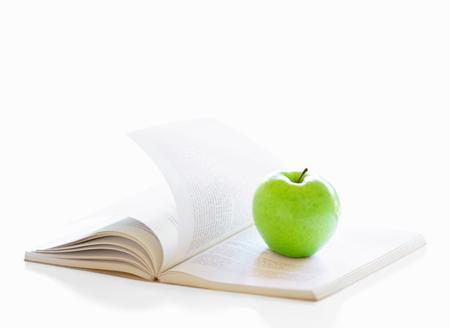 book and apple Фото со стока