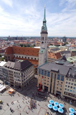 neues: Marienplatz square in Munich (Munchen), Germany. View from New Town Hall (Neues  Rathhaus) on Sacred Peters Church Stock Photo