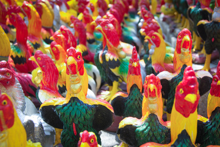 fulfill: Hen group statue for fulfill ones vow