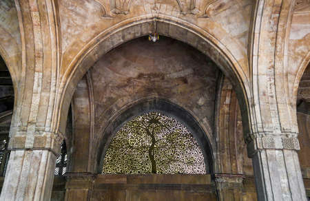 "The window ""Tree of Life"" in Sidi Saiyyed Mosque or Sidi Saiyyid ni Jali in Ahmedabad Gujarat India Stock fotó"