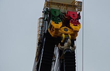 hijsen: Enorme Schip Crane Hoist Block Stockfoto