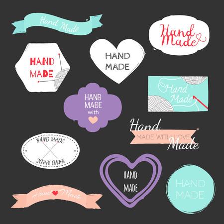 Vettore disegnato a mano vari elementi di design per etichette, cartellini o francobolli e distintivi.