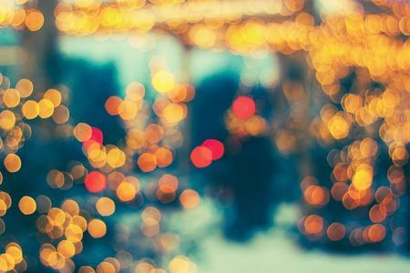 abstracte achtergrond van kleurrijke wazig lights met bokeh effect. Gefilterd in vintage stijl.