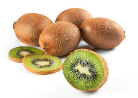 Ripe kiwi fruit and half kiwi fruit isolated on white background Stockfoto - 101078549
