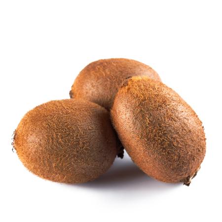 Three full kiwi fruit isolated on white background Stockfoto - 101108956