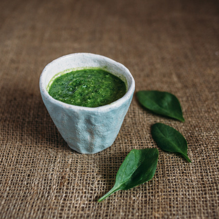 healthy foods: Cocktail Spinach. healthy foods, fresh fruits, vitamin bomb, Smoothie with spinach, Emerald Smoothie
