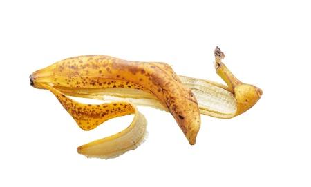 Buccia di banane su sfondo bianco