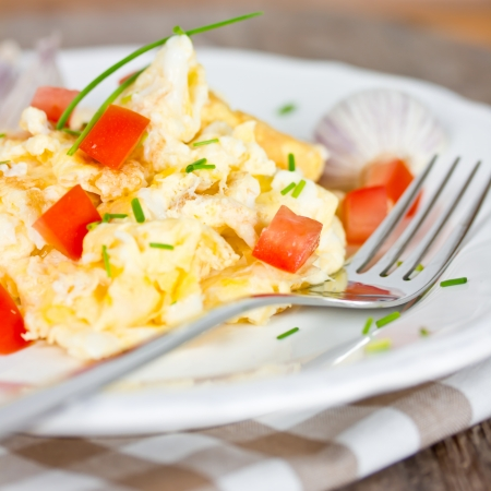 omelette: scrambled eggs