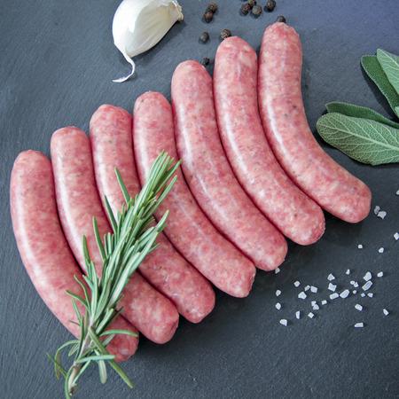 raw pork sausages 版權商用圖片