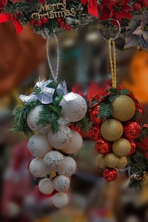 Golden  and White  balls - christmas decorations photo
