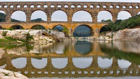 statics: The well-known antique bridge-aqueduct Pont du Gard in Provence