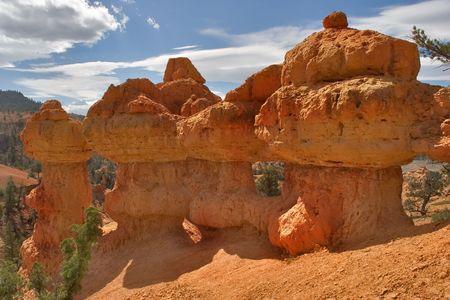 strata: Un canyon rosso dentro dichiara dellUtah negli S.U.A.