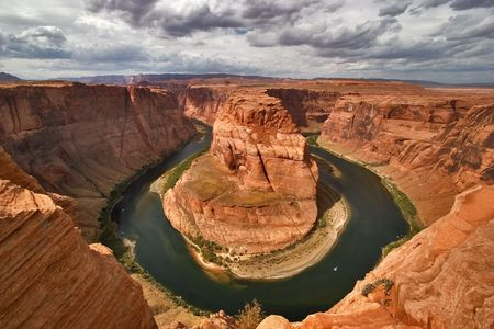 plateau point: An abrupt bend of the river Colorado in state of Utah in the USA