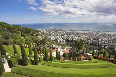 sanctity: Magnifico paesaggio grandioso - giardini Bahai, Haifa e Mediterraneo Archivio Fotografico
