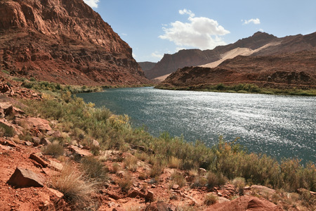 abrupt: A reservation of Indians of the Navajo, the USA.  The river Colorado in abrupt coast from red sandstone