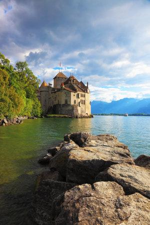 leman: Lake Leman in fine weather. The beginning of autumn in Montreux, Switzerland