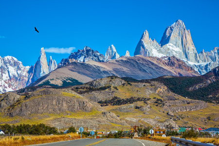 chalten:  The road to the snow-white rocks Fitz Roy and tourist center of El Chalten. Incredible Patagonia