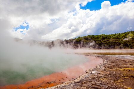 Wai-O-Tapu. The unique geothermal area of Rotorua. The North Island of New Zealand. Thermal Wonderland Champagne. The concept of exotic, extreme, ecological and photo tourism 版權商用圖片