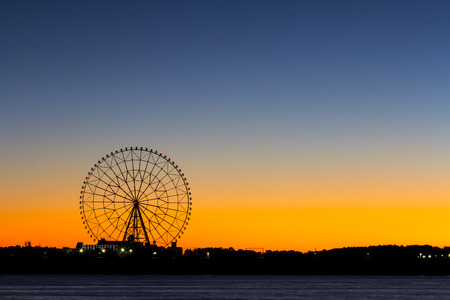 Ferris wheel Morning glow