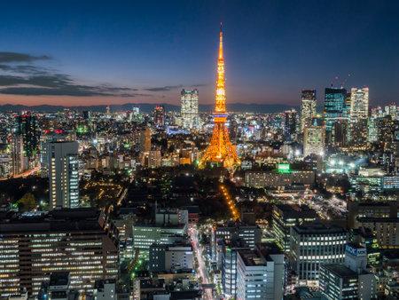 日本観測室夜景 報道画像