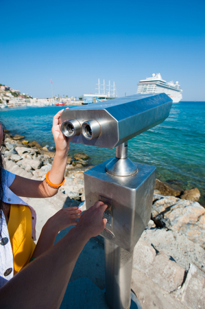 paid telescope, observation of ships, area for observation on the embankment.