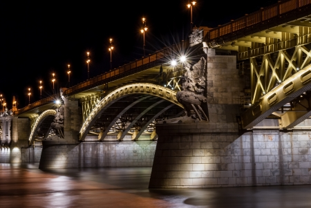 Margit híd or Margaret Bridge is a bridge in Budapest, Hungary, connecting Buda and Pest across the Danube river  It is the second northernmost and second oldest public bridge in Budapest  photo