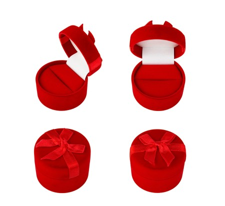 Red gifts velvets boxes for jewelry  photo