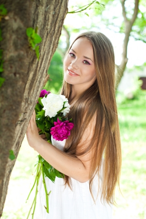 Portrait of young woman with flowers  Series Banque d'images
