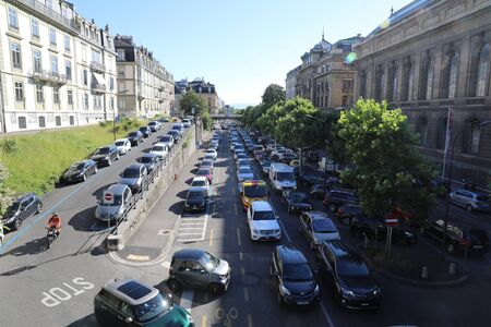 Traffic jam on the streets of Geneva Redactioneel