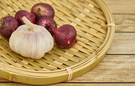 winnowing: garlic and onion Stock Photo