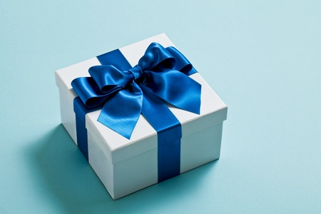 gift wrapping: gift, box
