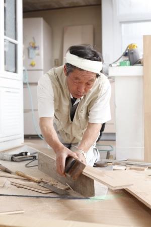 日本人の大工