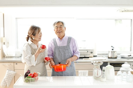 retirement couple: Senior cook