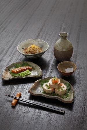 japanese sake: Sake y condimentos