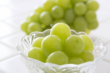 Shine Muscat, Grapes