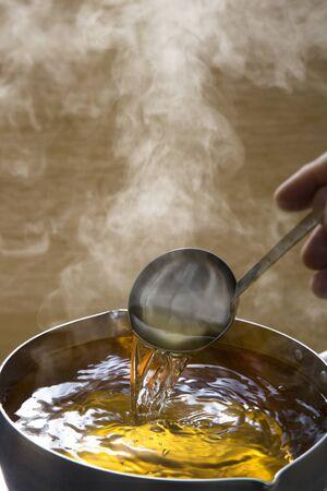 Bouillon de soupe, dashi, les bases de la cuisine japonaise